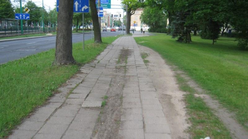 Grunwaldzka Poznań chodnik