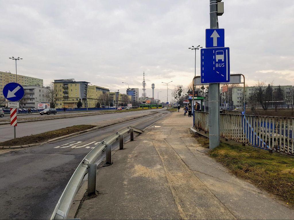 aktualny stan wiaduktu nad PST Szymanowskiego - brak dopuszczenia ruchu rowerowego